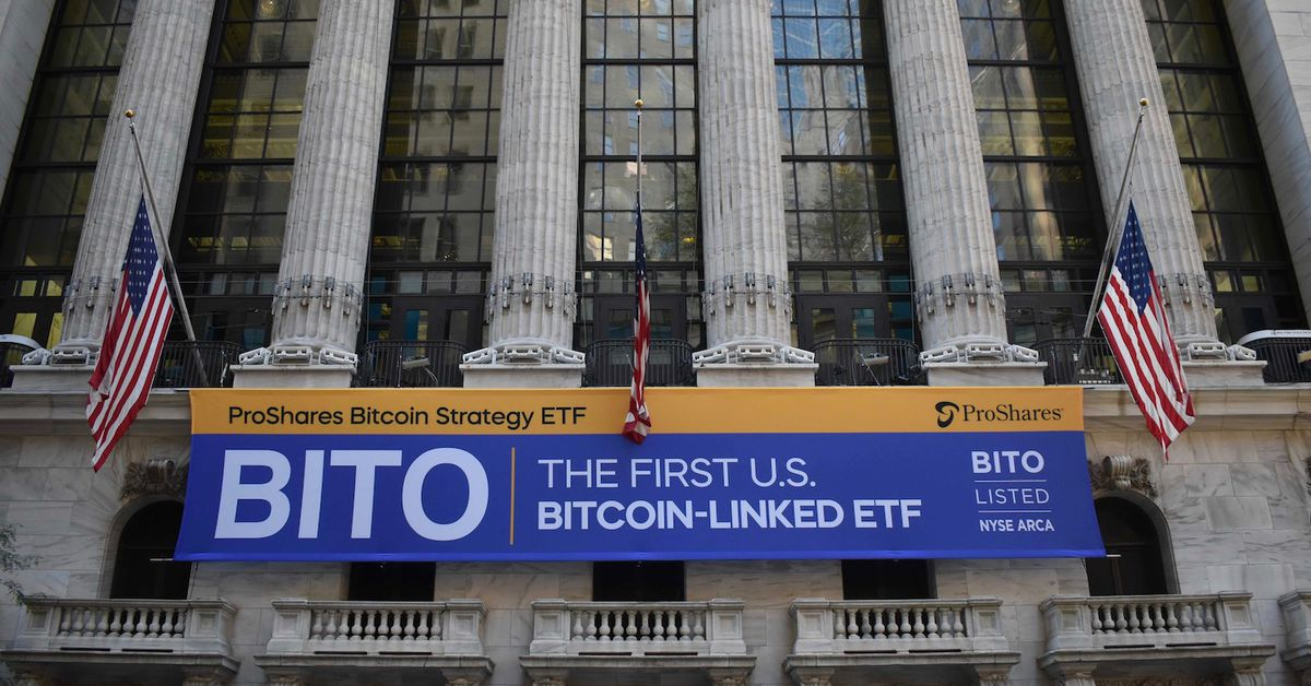 First Bitcoin Futures ETF 'BITO' Tops $1B Trading Volume on First Day